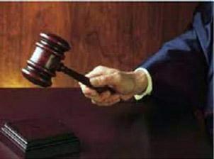 No se puede ser juez y parte al mismo tiempo