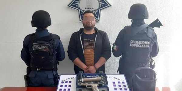En Texmelucan, Policía Estatal captura a presunto narcovendedor