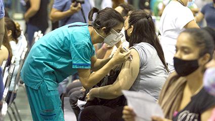 México suma 217 mil 168 muertos confirmados por COVID-19