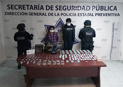 Con más de mil pastillas psicotrópicas, Policía Estatal captura a dos personas