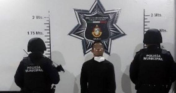 Policías Estatal y Municipal detuvieron a presunto narcomenudista en Atlixco