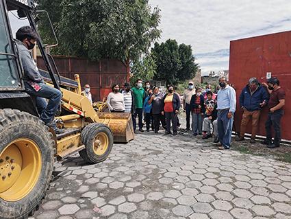 Vecinos de Mexicaltzingo, frenan inicio de obra