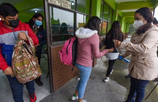 Ya no es posible tener a los niños encerrados en las casas: insiste AMLO sobre regreso a clases