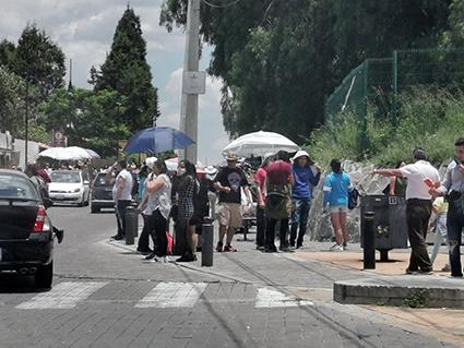 Miles de visitantes arribaron  la ciudad