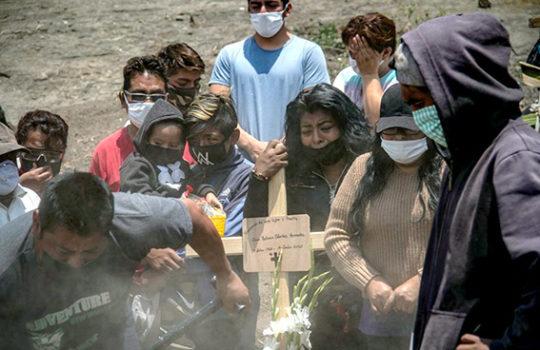 México reporta mil 46 nuevas muertes, la tercera cifra más alta en tercera ola covid
